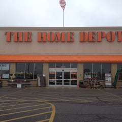 Photo taken at The Home Depot by Ginson S. on 6/7/2013
