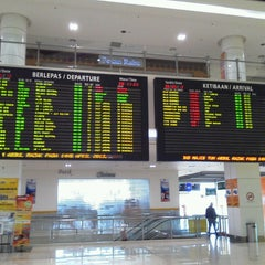 Photo taken at Terminal Bersepadu Selatan (TBS) / Integrated Transport Terminal (ITT) by Takeshi O. on 5/6/2013