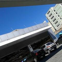 Photo taken at Drogaria Araujo by Cleuber K. on 8/7/2014