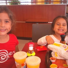 Photo taken at McDonald's by Gustavo J. on 1/30/2015