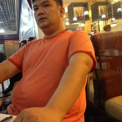 Photo taken at Yang Chow Dimsum & Teahouse by Carmencita M. on 6/22/2014