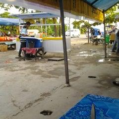 Photo taken at Es Kelapa Muda NTB Mas Alek by Sadly S. on 3/9/2013