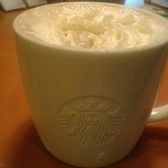 Photo taken at Starbucks by Jamil S. on 2/19/2013