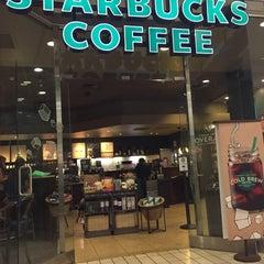 Photo taken at Starbucks by khai on 7/17/2015