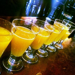 Photo taken at Marlow's Tavern by Foodie B. on 12/23/2012