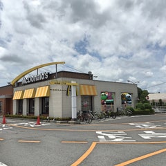 Photo taken at マクドナルド 21号穂積町店 by 龍 on 7/13/2015