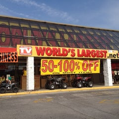 Photo taken at World's Largest As Seen on TV Store by Tai N. on 5/25/2014