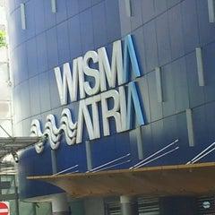 Photo taken at Wisma Atria by Raja M. on 6/1/2013