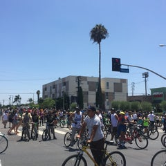 Photo taken at Bikerowave by Lin D. on 8/9/2015