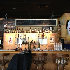 Photo taken at Broue Pub Brouhaha by Stephanie G. on 1/20/2013