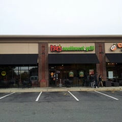 Photo taken at Moe's Southwest Grill by Eric J. on 10/27/2012