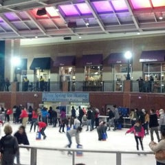 Photo taken at Silver Spring Ice Rink at Veterans Plaza by Andrew P. on 11/11/2012