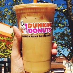 Photo taken at Dunkin Donuts by Randee C. on 11/12/2014