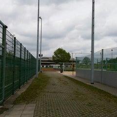Das Foto wurde bei Ahorn Sportpark von Adrian B. am 5/1/2015 aufgenommen