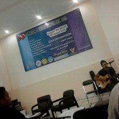 Photo taken at Kampus BSI  Bogor by Hadi Setiawan A. on 1/28/2013