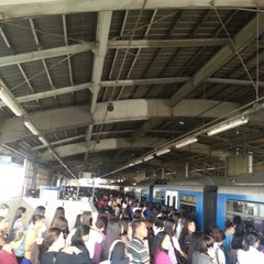 Photo taken at Yellow Line - Araneta Center-Cubao Station by Wilfred Thomas G. on 2/18/2013