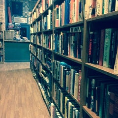 Photo taken at Uncharted Books by Amy Ellen G. on 9/16/2014
