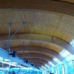 Photo taken at Brentwood Town Centre SkyTrain Station by Jaslin on 1/27/2013