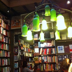 Photo taken at Shakespeare & Company by Roxane L. on 10/21/2012