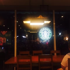 Photo taken at Starbucks Coffee by Monique M. on 6/26/2015