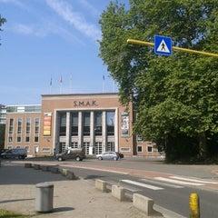 Photo taken at Stedelijk Museum voor Actuele Kunst | S.M.A.K. by Roberta on 7/23/2013