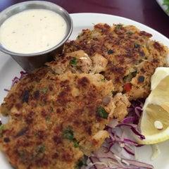 Photo taken at Hanalei Gourmet by Global H. on 6/12/2015