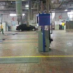 Photo taken at WOQOD Vehicles Inspection (FAHES) Industrial Area by Ella C. on 2/18/2013