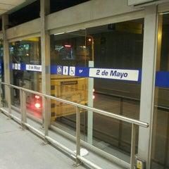 Photo taken at Estación 2 de Mayo - Metropolitano by Billy L. on 5/24/2013