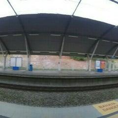 Photo taken at KTM Komuter Kuala Kubu Bharu (KA14) Station by Farah N. on 12/30/2015