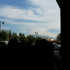 Photo taken at Chipotle Mexican Grill by Kim R. on 10/30/2014