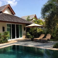 Photo taken at Le Méridien Khao Lak Beach & Spa Resort by Ekapong W. on 5/3/2014