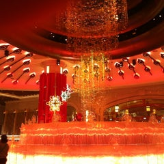Photo taken at Galaxy Macau 澳門銀河渡假綜合城 by Lusine A. on 12/27/2012