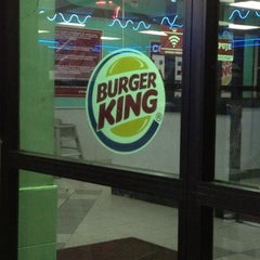 Photo taken at Burger King by Charlie E. on 8/4/2012
