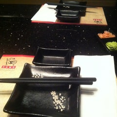Photo taken at Sumo Sushi & Grill by Jeremy W. on 12/6/2012