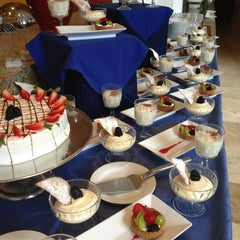 Photo taken at Restaurante La Huerta Café by Jesus O. on 6/15/2013