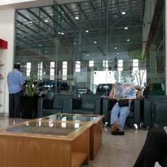 Photo taken at Perodua Sales & Service Centre Glenmarie by Lindaleen A. on 10/24/2012