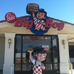 Photo taken at Bob's Big Boy Restaurant by Kelly H. on 10/26/2012
