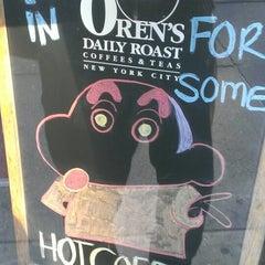 Photo taken at Oren's Daily Roast by Yutaka N. on 1/17/2014