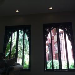 Photo taken at Sheik Istana Hotel by bestp on 9/6/2015