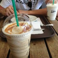 Photo taken at Starbucks by Elien D. on 6/26/2013