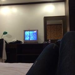 Photo taken at Royal Panerai Hotel by NRAKARAN on 10/1/2015
