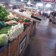 Photo taken at Sweet Auburn Curb Market by Mischandra S. on 3/11/2013