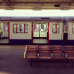 Photo taken at Hammersmith London Underground Station (Circle and H&C lines) by Shrey P. on 12/6/2012