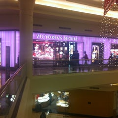 Photo taken at Victoria's Secret PINK by Melissa on 12/19/2012