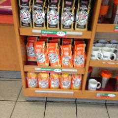 Photo taken at Dunkin' Donuts by Michelle D. on 1/29/2013