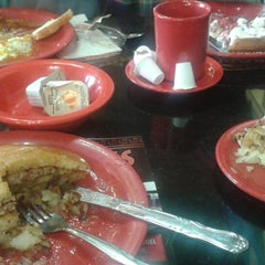 Photo taken at Andy's Diner by KiKiMontoya on 10/14/2014