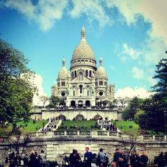 Photo taken at Basilique du Sacré-Cœur de Montmartre by Ali B. on 5/25/2013