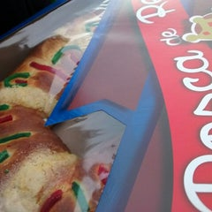 Photo taken at Panaderia el Fenix by Marta G. on 1/6/2015