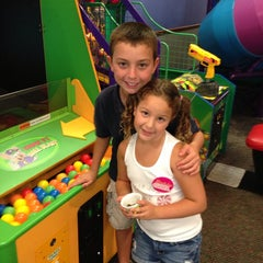Photo taken at Chuck E. Cheese's by Jason J. on 6/6/2013