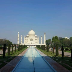 Photo taken at Taj Mahal | ताज महल | تاج محل by Rossana P. on 1/21/2013